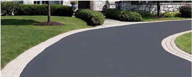 asphalt driveway paving contractors